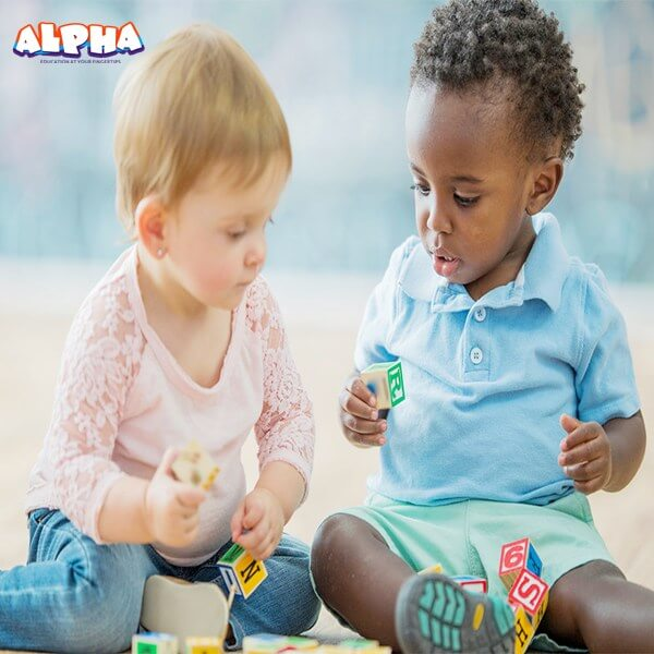 Alpha Science Classroom: Selecting Appropriate Educational Science Toys for Young Children in the Digital Era