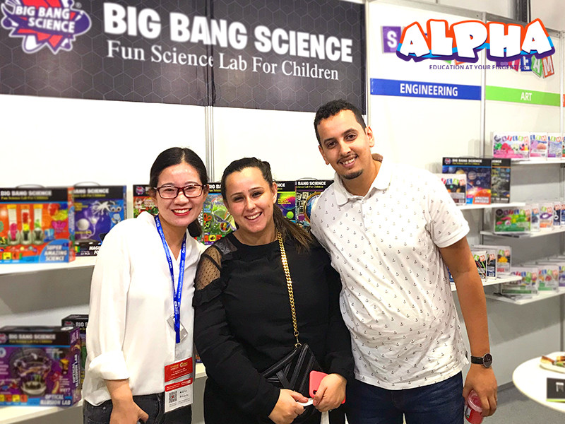 Dubai exhibition-science educational toy
